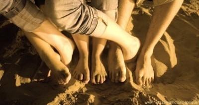 """""""Ensalada de pies"""" en la playa de la Malvarrosa"""