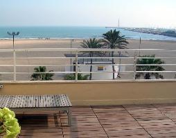 Vista desde una de las habitaciones dobles de nuestro Hostal Restaurante Chicote en Valencia