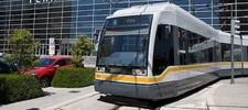 Aparcamiento y transporte público: Metro y Tranvía
